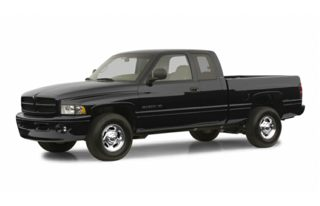 3/4 Front Glamour 2002 Dodge Ram 2500