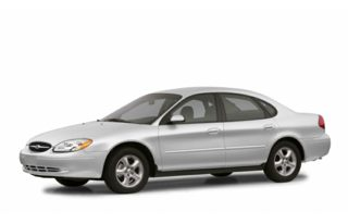 3/4 Front Glamour 2002 Ford Taurus