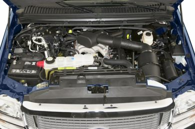 Engine Bay  2002 Ford Excursion