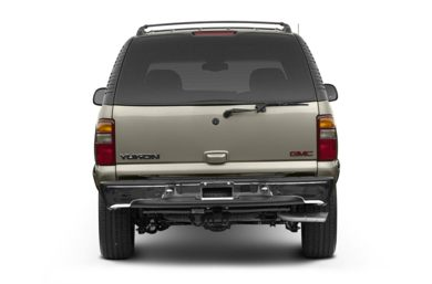 Rear Profile  2002 GMC Yukon