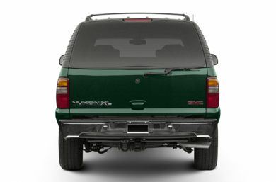 Rear Profile  2002 GMC Yukon XL 1500