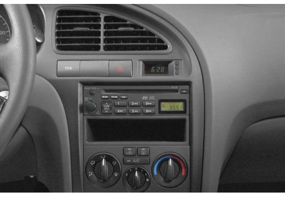 2002 Hyundai Elantra Pictures Photos Carsdirect