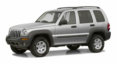 3/4 Front Glamour 2002 Jeep Liberty