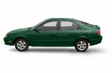 90 Degree Profile 2002 Kia Spectra