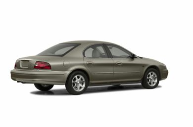3/4 Rear Glamour  2002 Mercury Sable