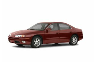 3/4 Front Glamour 2002 Oldsmobile Aurora