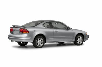 3/4 Rear Glamour  2002 Oldsmobile Alero