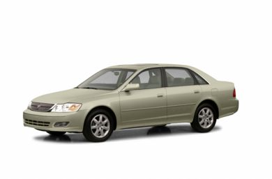 3/4 Front Glamour 2002 Toyota Avalon