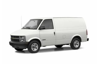 3/4 Front Glamour 2003 Chevrolet Astro