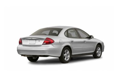 3/4 Rear Glamour  2003 Ford Taurus