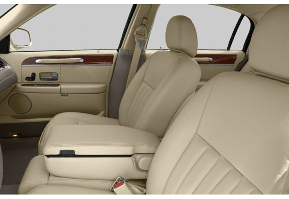 2003 lincoln town car pictures photos carsdirect. Black Bedroom Furniture Sets. Home Design Ideas