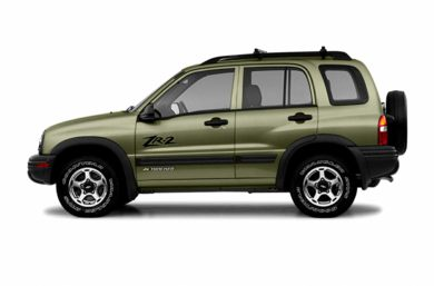 90 Degree Profile 2004 Chevrolet Tracker