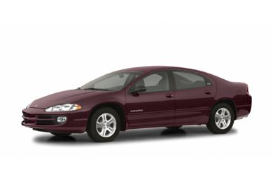 3/4 Front Glamour 2004 Dodge Intrepid