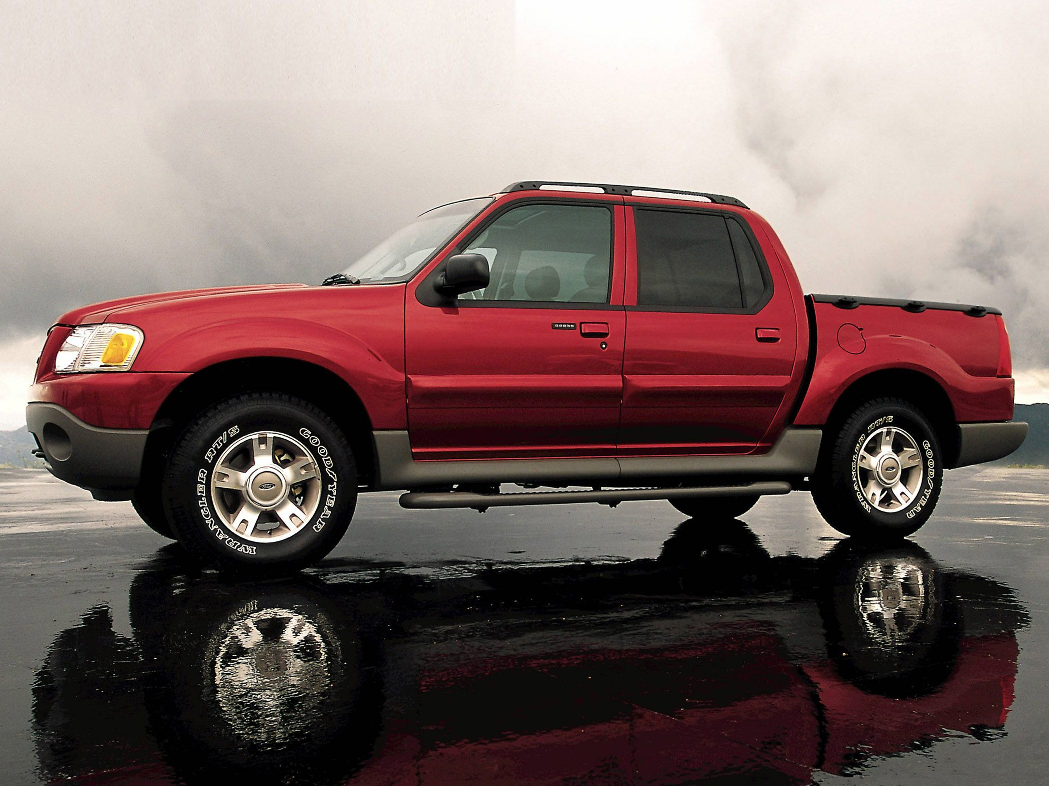 See 2004 Ford Explorer Sport Trac Color Options CarsDirect