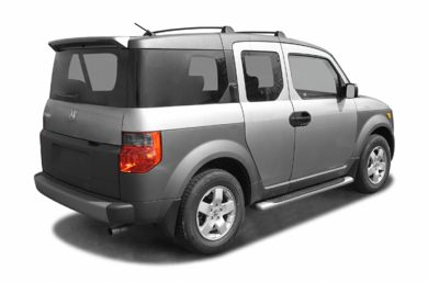 3/4 Rear Glamour  2004 Honda Element