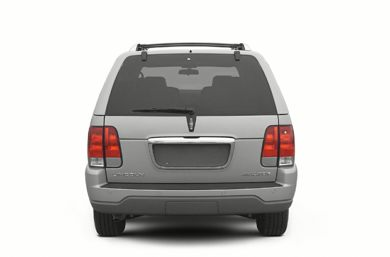 Rear Profile  2004 Lincoln Aviator