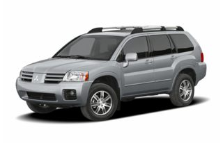 3/4 Front Glamour 2004 Mitsubishi Endeavor