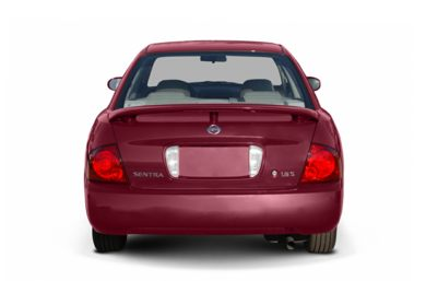 Rear Profile  2004 Nissan Sentra