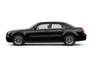 90 Degree Profile 2005 Chrysler 300