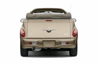 Rear Profile  2005 Chrysler PT Cruiser
