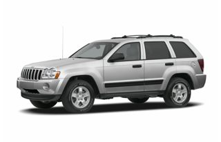 3/4 Front Glamour 2005 Jeep Grand Cherokee