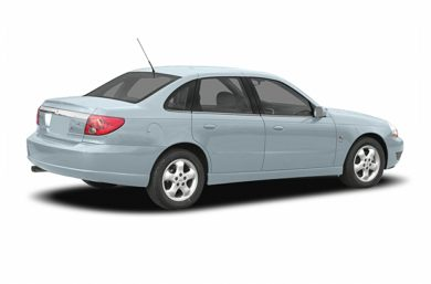 3/4 Rear Glamour  2005 Saturn L300