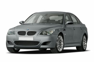 3/4 Front Glamour 2006 BMW M5