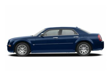 90 Degree Profile 2006 Chrysler 300C
