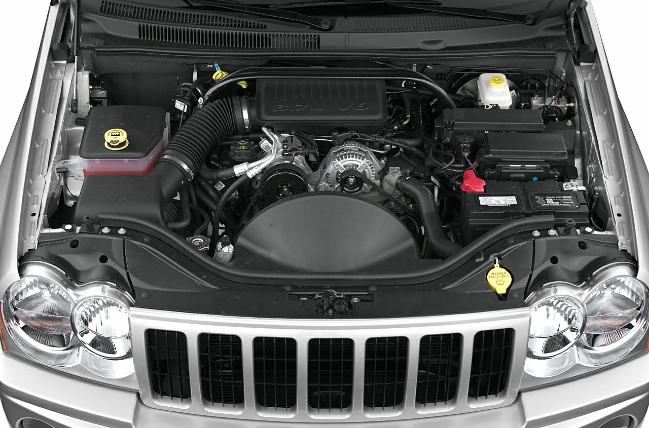 Engine Bay  2006 Jeep Grand Cherokee