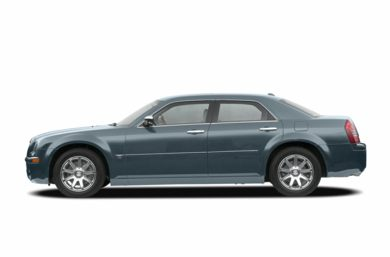 90 Degree Profile 2007 Chrysler 300C