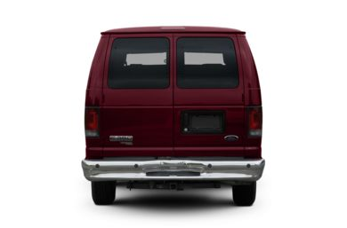 Rear Profile  2007 Ford E-350 Super Duty