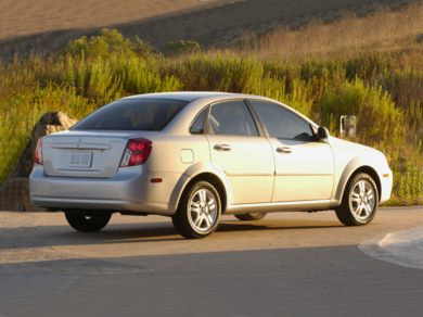 2007 suzuki forenza specs safety rating mpg carsdirect. Black Bedroom Furniture Sets. Home Design Ideas