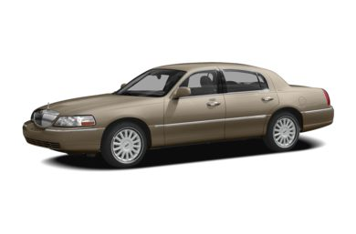 3/4 Front Glamour 2008 Lincoln Town Car