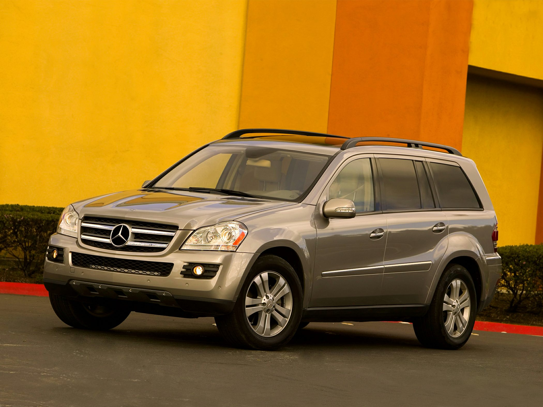 2008 Mercedes-Benz GL450 Pictures & Photos - CarsDirect