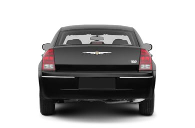 Rear Profile  2009 Chrysler 300