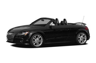 3/4 Front Glamour 2010 Audi TTS