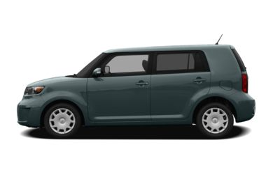 90 Degree Profile 2010 Scion xB