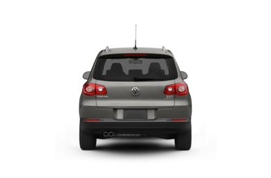 Surround Rear Profile 2010 Volkswagen Tiguan