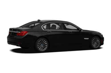 3/4 Rear Glamour  2011 BMW 740