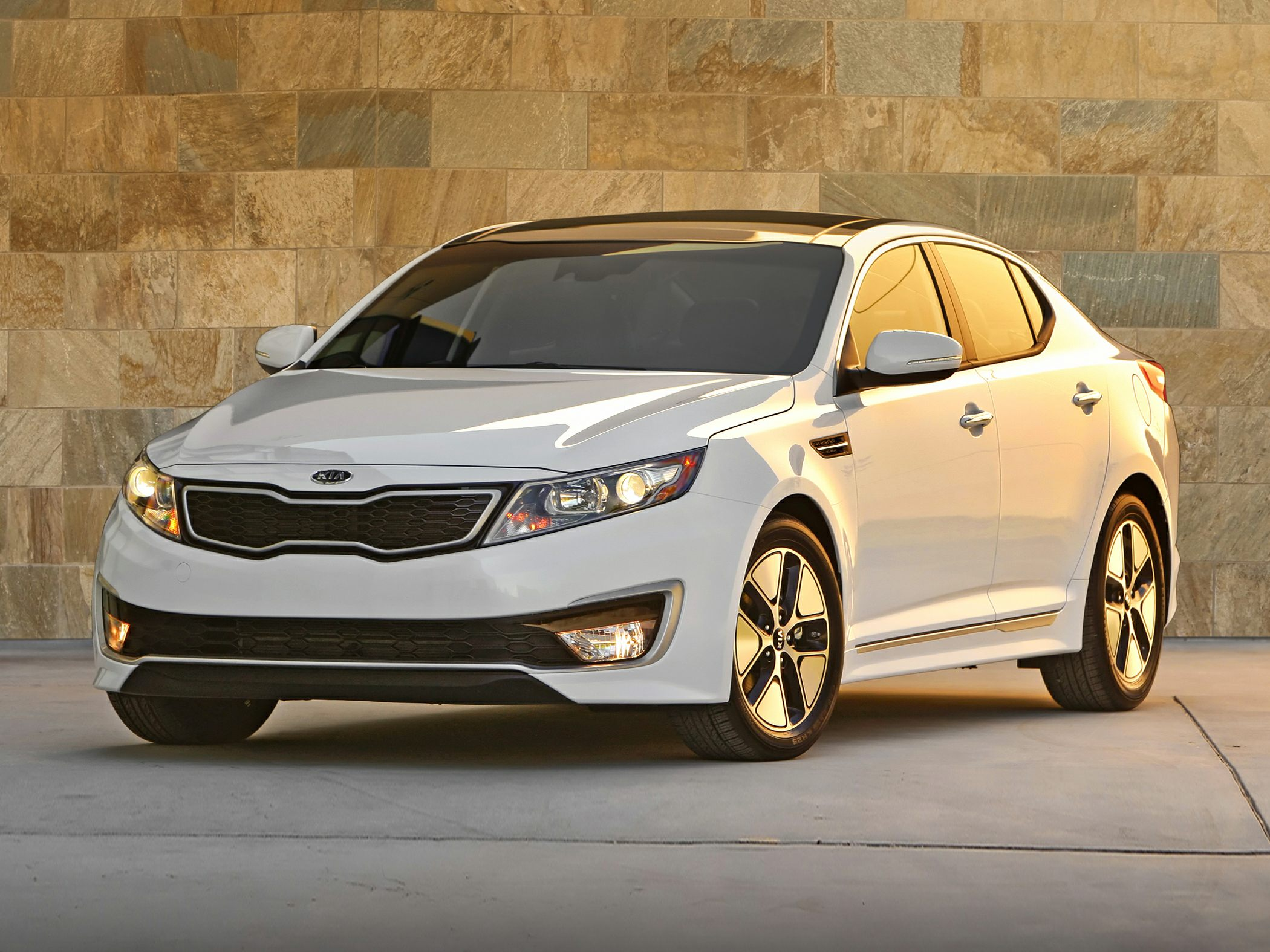 2014 Kia Optima Hybrid Glam
