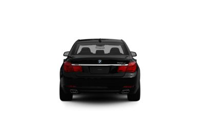 Surround Rear Profile 2012 BMW 740