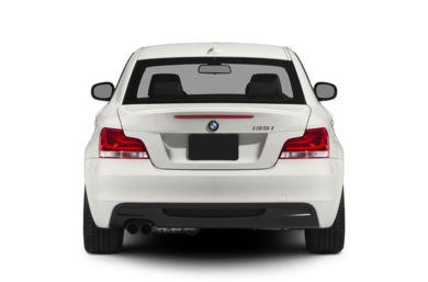 Rear Profile  2012 BMW 135