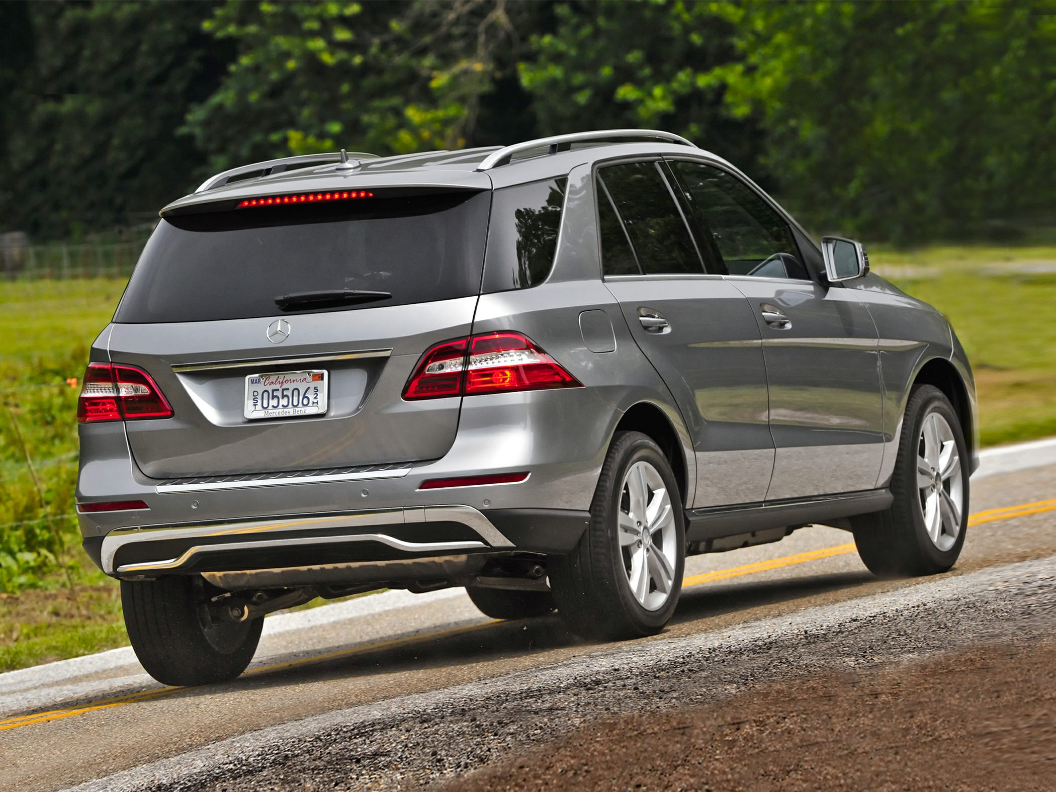 Mercedes-Benz ML350 Rear
