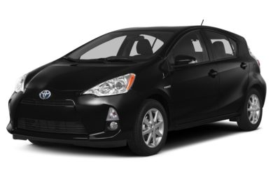 3/4 Front Glamour 2013 Toyota Prius c