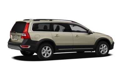 3/4 Rear Glamour  2012 Volvo XC70