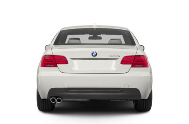 Rear Profile  2013 BMW 328