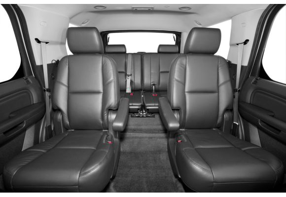 2013 cadillac escalade pictures photos carsdirect. Black Bedroom Furniture Sets. Home Design Ideas