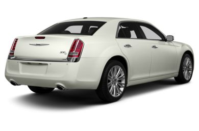 3/4 Rear Glamour  2013 Chrysler 300C