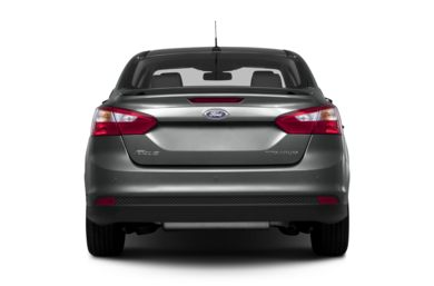 Rear Profile  2013 Ford Focus