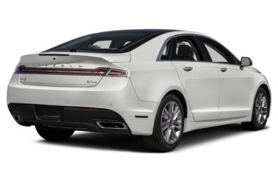 3/4 Rear Glamour  2015 Lincoln MKZ